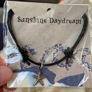 Brand new starfish necklace